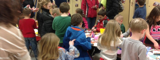 Children and Parents at the Avonworth Primary makerspace